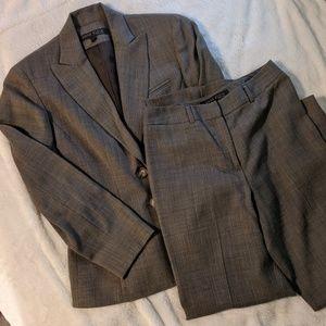 Anne Klein Tweed 2 Piece Suit Set
